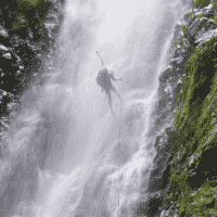 waterfall rappelling on Oahu hawaii