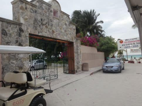 golf carts are the preferred transportation on isla mujeres