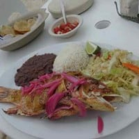 fish dinners on isla mujeres