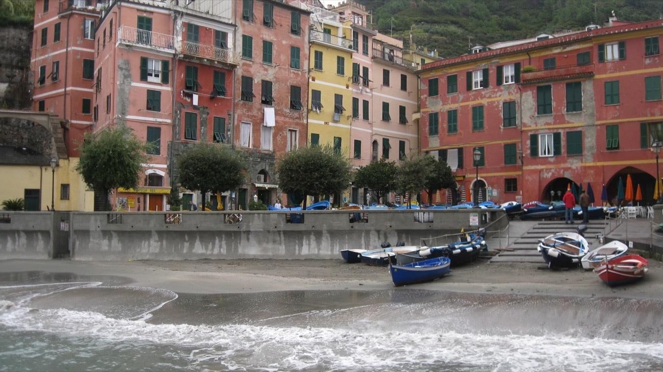 Italy-Cinque-Terre-port