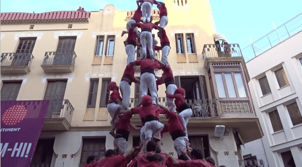 Spain-Barcelona-casteller-tower-closeup