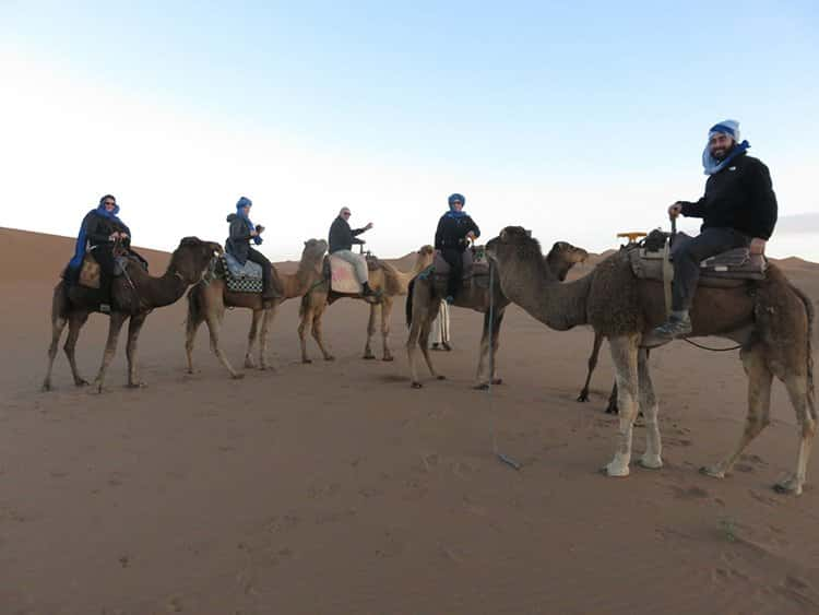 morocco-family-camels-to-desert-camp