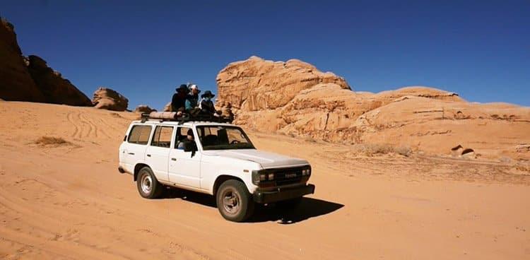 Jordan-Hodges-jeep-riding-Wadi-Rum