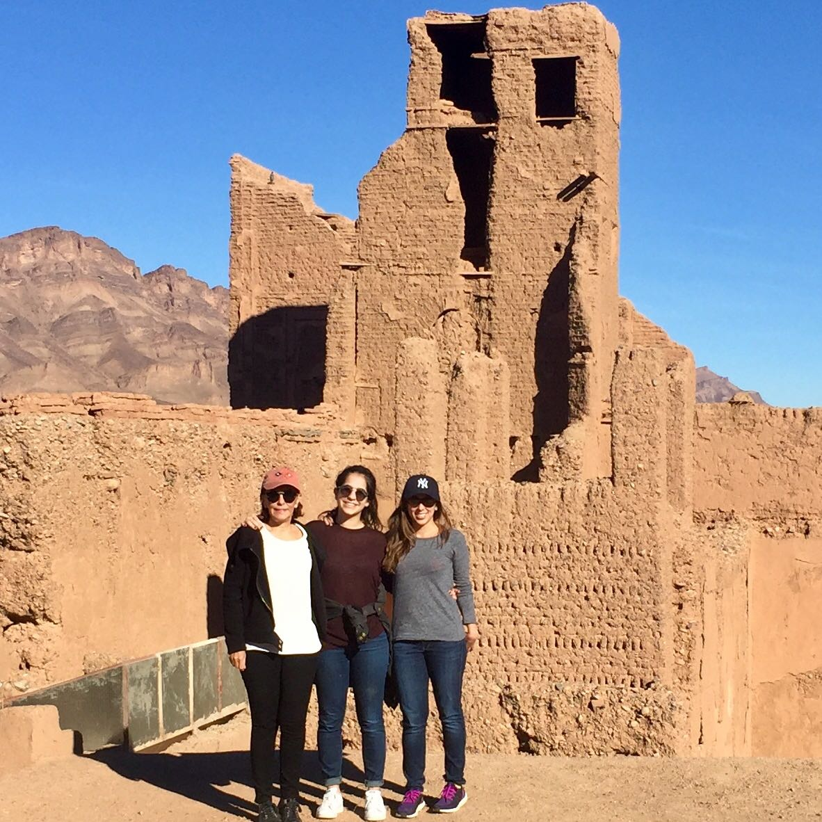 Morocco-Rare-Finds-clients-at Ait-Ben-Haddou