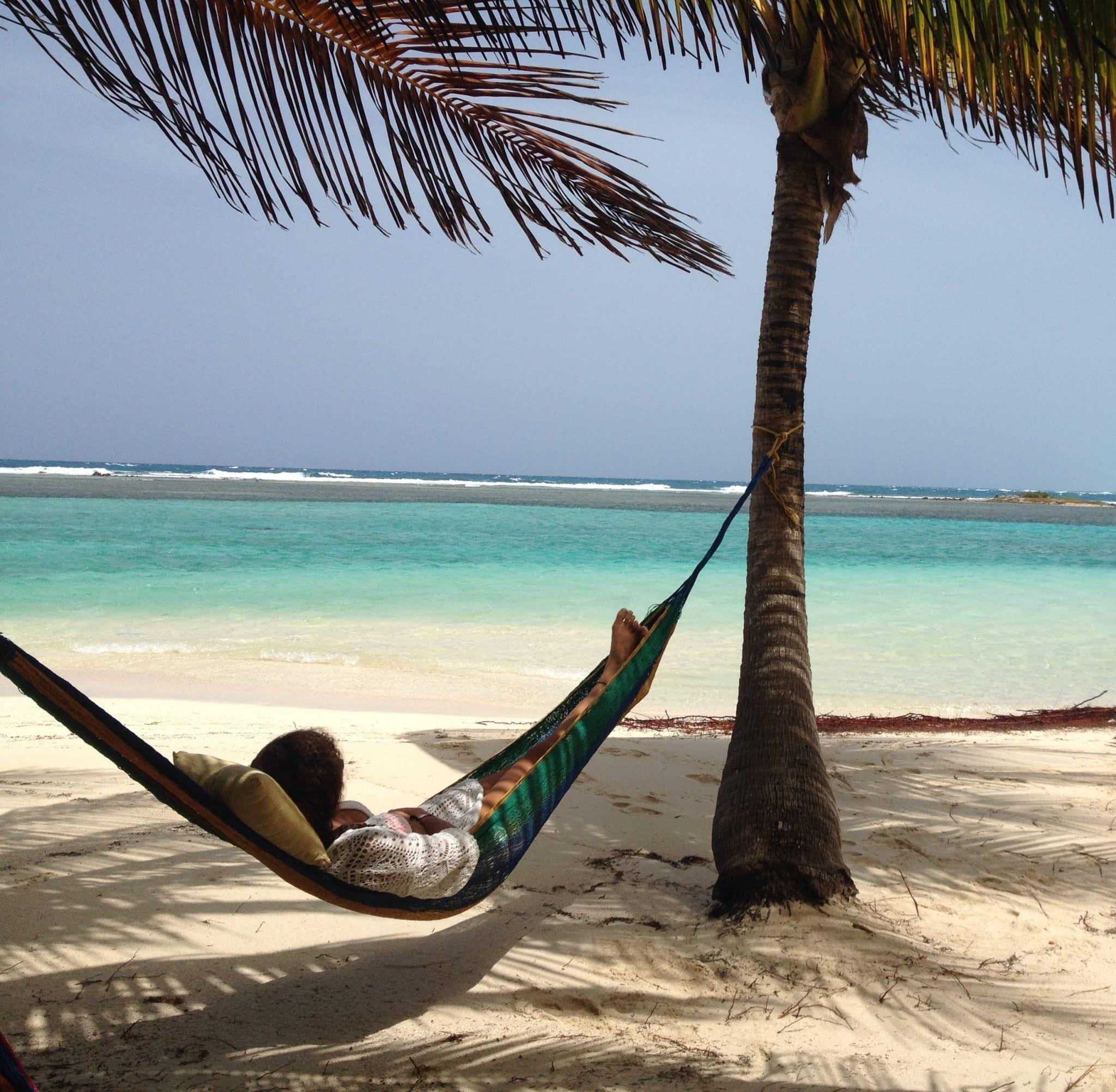 belize-liv-in-hammock-southwater-caye