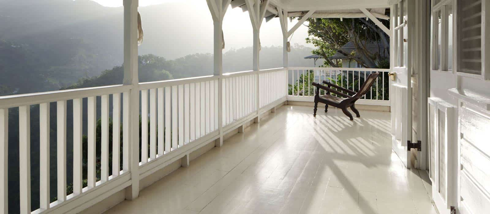 jamaica-strawberry-hill-porch