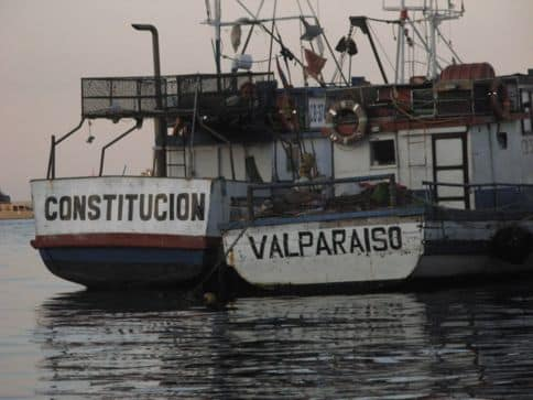 seaside-valparaiso-is-daytrip-30-minute-train-from-santiago-chile