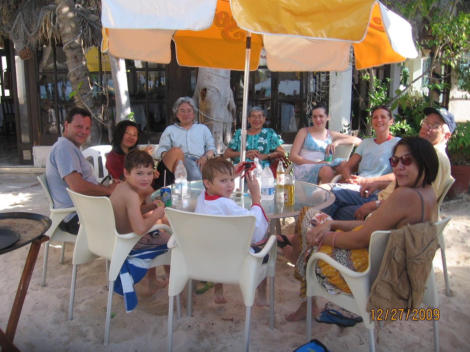 yucatan-family-reunion-isla-mujeres